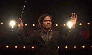 Pörgesd fel, Maestro! – Mozart in the Jungle, S01E01 Pilot