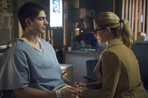Arrow S03E18 – Public Enemy