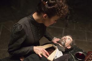 Helen McCrory as Evelyn Poole in Penny Dreadful (season 2, episode 6). - Photo: Jonathan Hession/SHOWTIME - Photo ID: PennyDreadful_206_0270