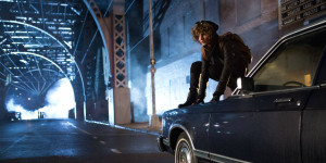 Camren-Bicondova-in-Gotham