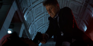 Ben-McKenzie-in-Gotham21
