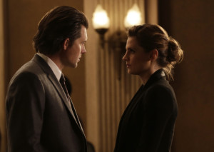 "CASTLE - ""Witness for the Prosecution"" - Castle finally gets his day in court when he takes the stand as the key witness to a murder from five months ago. But when new information suddenly arises, he and Beckett must race against the clock to prevent a miscarriage of justice, on ""Castle,"" SUNDAY, FEBRUARY 14 (10:00-11:00 p.m. EST) on the ABC Television Network. (ABC/Scott Everett White) CLARE GRANT, KRISTOFFER POLAHA, STANA KATIC"