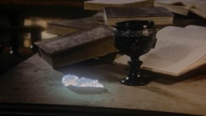Once_Upon_a_Time_-_5x22_-_Only_You_-_Holy_Grail_and_Crystal