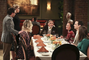 """""""The Convergence Convergence"""" - Pictured: Leonard Hofstadter (Johnny Galecki), Beverly (Christine Baranski), Penny (Kaley Cuoco), Alfred (Judd Hirsch), Mary (Laurie Metcalf), Sheldon Cooper (Jim Parsons) and Amy Farrah Fowler (Mayim Bialik). Chaos ensues when Leonard's recently divorced parents, Alfred (Judd Hirsch) and Beverly (Christine Baranski), and Sheldon's devoutly religious mother, Mary (Laurie Metcalf), come to town. Also, Wolowitz and Koothrappali think the government is out to get them when they are contacted about their guidance system, on the ninth season finale of THE BIG BANG THEORY, Thursday, May 12 (8:00-8:31 PM, ET/PT) on the CBS Television Network. Photo: Michael Yarish/Warner Bros. Entertainment Inc. © 2016 WBEI. All rights reserved."""
