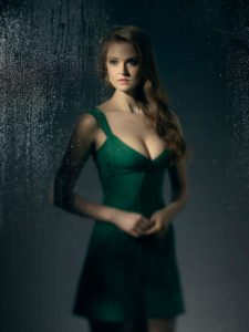 first-look-at-maggie-geha-on-gotham-confirms-that-poison-ivy-is-coming-poison-ivy-magg-1088394