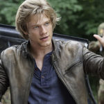 Pilotmustra: MacGyver S01E01: The Rising