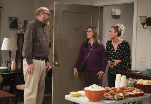 """""""The Dependence Transcendence"""" -- Pictured: Bert (Brian Posehn), Amy Farrah Fowler (Mayim Bialik) and Penny (Kaley Cuoco). Tensions rise when the boys struggle to complete their government project on time and Sheldon tries an energy drink to stay awake. Also, Penny and Amy go to a """"party"""" at Bert (Brian Posehn) the geologist's house and Kooothrappali learns Bernadette's true feelings about her pregnancy when they clean out the future baby room, on THE BIG BANG THEORY, Monday, Oct. 3 (8:00-8:31 PM, ET/PT), on the CBS Television Network. Dean Norris returns as Air Force Representative Colonel Williams. Photo: Michael Yarish/Warner Bros. Entertainment Inc. © 2016 WBEI. All rights reserved."""