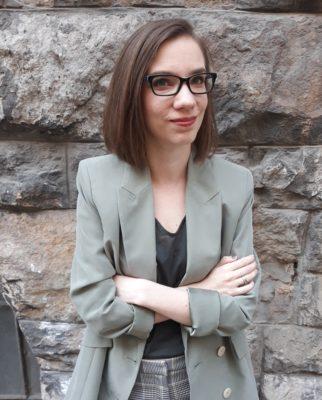 Interjú Moskát Anita írónővel