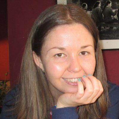 Interjú Dér Adrienn írónővel